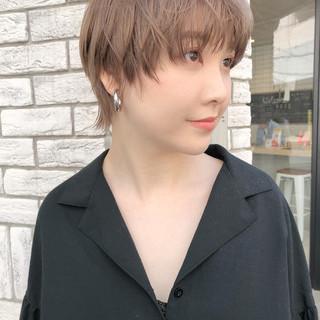 ウルフ女子 ニュアンスウルフ ショート ストリート ヘアスタイルや髪型の写真・画像