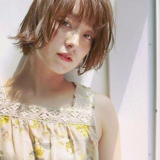 ショート 大人かわいい ナチュラル 透明感 ヘアスタイルや髪型の写真・画像