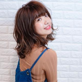ミディアム フェミニン 透明感 秋 ヘアスタイルや髪型の写真・画像
