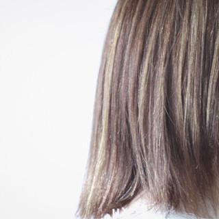 コントラストハイライト 大人ハイライト グレー 3Dハイライト ヘアスタイルや髪型の写真・画像