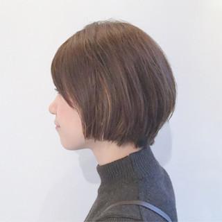 小顔 ショート ボブ インナーカラー ヘアスタイルや髪型の写真・画像