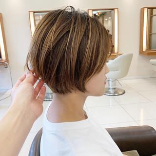 ハイライト 可愛い ハンサムショート ヘアスタイルや髪型の写真・画像