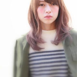 ハイトーン ピュア アッシュ おフェロ ヘアスタイルや髪型の写真・画像