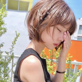 アウトドア 大人かわいい アンニュイほつれヘア フェミニン ヘアスタイルや髪型の写真・画像 | ショートボブの匠【 山内大成 】『i.hair』 / 『 i. 』 omotesando