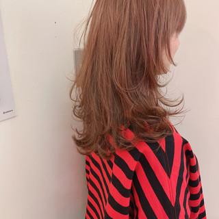ナチュラル セミロング アンニュイほつれヘア 大人かわいい ヘアスタイルや髪型の写真・画像