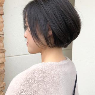 ショートヘア ボブ ショートボブ ナチュラル ヘアスタイルや髪型の写真・画像