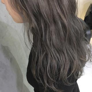 暗髪 ナチュラル ハイライト 透明感 ヘアスタイルや髪型の写真・画像