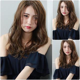 外国人風 セミロング デート パーマ ヘアスタイルや髪型の写真・画像 ヘアスタイルや髪型の写真・画像