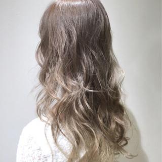 ハイライト ハイトーン ストリート ロング ヘアスタイルや髪型の写真・画像