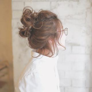 梅雨の湿気対策はまとめ髪が一番!こなれ感あふれる最旬スタイル