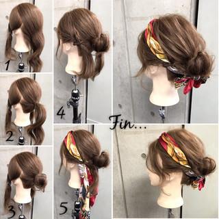ナチュラル セミロング ヘアアクセ 簡単 ヘアスタイルや髪型の写真・画像