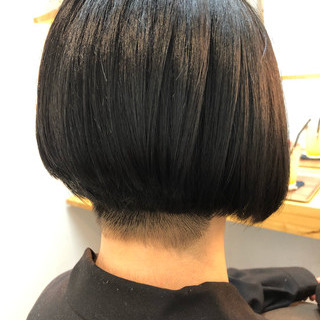 ショート モード ショートボブ 個性的 ヘアスタイルや髪型の写真・画像