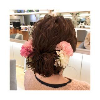 セミロング ヘアアレンジ 成人式 ナチュラル ヘアスタイルや髪型の写真・画像 ヘアスタイルや髪型の写真・画像