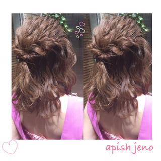 ヘアアレンジ ショート くせ毛風 ハイライト ヘアスタイルや髪型の写真・画像
