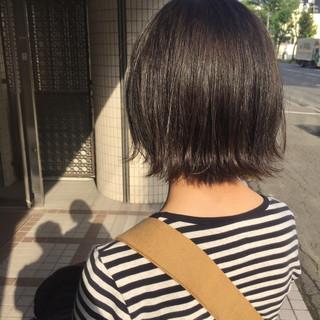 外ハネボブ モテボブ 切りっぱなしボブ ナチュラル ヘアスタイルや髪型の写真・画像