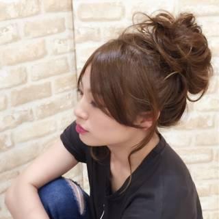 簡単ヘアアレンジ ポニーテール ロング センターパート ヘアスタイルや髪型の写真・画像