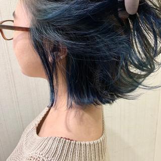 アッシュグレージュ ネイビーアッシュ ボブ ショートヘア ヘアスタイルや髪型の写真・画像