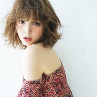 春 ミディアム パンク センターパート ヘアスタイルや髪型の写真・画像