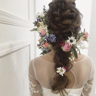 ロング ナチュラル 編み込み 結婚式 ヘアスタイルや髪型の写真・画像