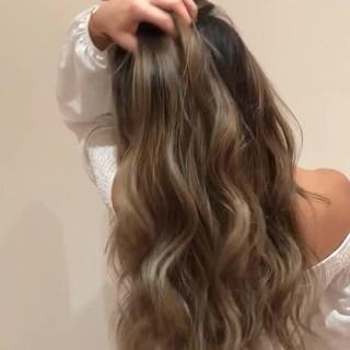 ハイトーンカラー エレガント バレイヤージュ ロング ヘアスタイルや髪型の写真・画像