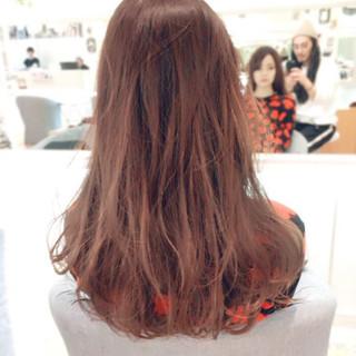 ロング ナチュラル 透明感 ピンク ヘアスタイルや髪型の写真・画像