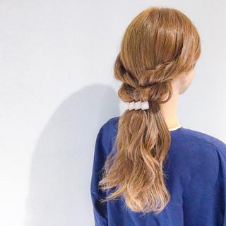 ロング フェミニン アウトドア ヘアアレンジ ヘアスタイルや髪型の写真・画像 ヘアスタイルや髪型の写真・画像