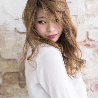 かわいい ゆるふわ セミロング 色気 ヘアスタイルや髪型の写真・画像