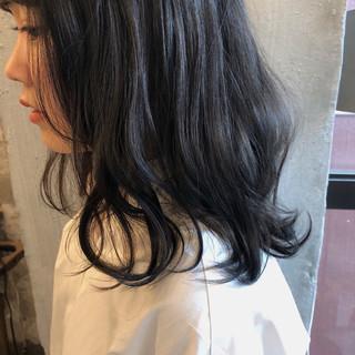 ウェーブ ナチュラル ゆるふわ 暗髪 ヘアスタイルや髪型の写真・画像 ヘアスタイルや髪型の写真・画像