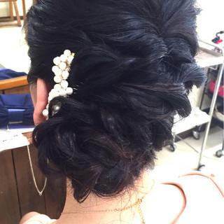 結婚式 ヘアアレンジ セミロング シニヨン ヘアスタイルや髪型の写真・画像