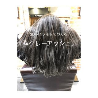 グレージュ アッシュグレージュ イルミナカラー セミロング ヘアスタイルや髪型の写真・画像 ヘアスタイルや髪型の写真・画像
