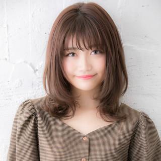 ミディアム フェミニン デジタルパーマ 大人かわいい ヘアスタイルや髪型の写真・画像