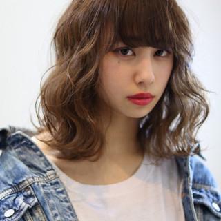 外国人風カラー 小顔 フェミニン 大人女子 ヘアスタイルや髪型の写真・画像