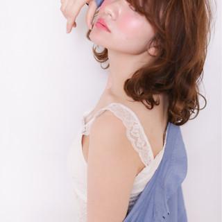 ブラウン ゆるふわ 外国人風 大人かわいい ヘアスタイルや髪型の写真・画像