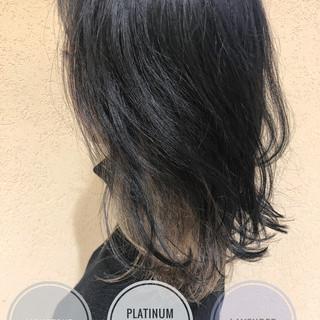 ダークアッシュ ブリーチカラー ボブ 切りっぱなしボブ ヘアスタイルや髪型の写真・画像
