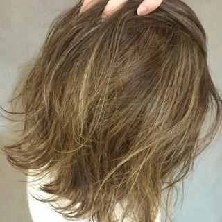 ミディアム 外国人風 ストリート 冬 ヘアスタイルや髪型の写真・画像