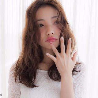 大人かわいい ゆるふわ フェミニン 外国人風 ヘアスタイルや髪型の写真・画像