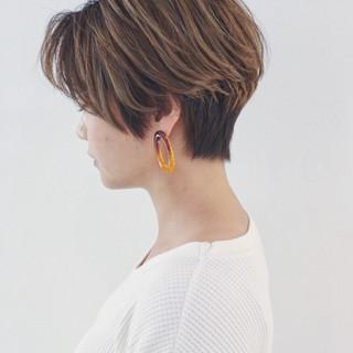 ハイライト グラデーションカラー ショート マニッシュ ヘアスタイルや髪型の写真・画像