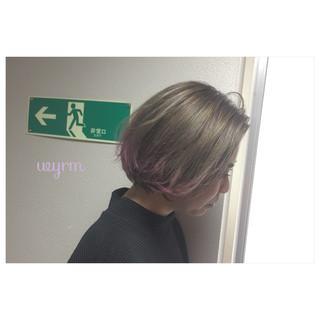 モード ダブルカラー マット スモーキーアッシュ ヘアスタイルや髪型の写真・画像 ヘアスタイルや髪型の写真・画像