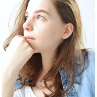 無造作 外国人風カラー ミディアム 透明感 ヘアスタイルや髪型の写真・画像