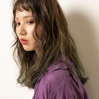 ハイライト 前髪 セミロング ストリート ヘアスタイルや髪型の写真・画像