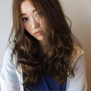 ロング ピュア 外国人風 ハイライト ヘアスタイルや髪型の写真・画像