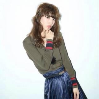 秋 モード ゆるふわ ウェーブ ヘアスタイルや髪型の写真・画像