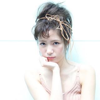 ヘアアレンジ 夏 大人かわいい ナチュラル ヘアスタイルや髪型の写真・画像