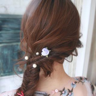 編み込み エレガント フィッシュボーン 上品 ヘアスタイルや髪型の写真・画像 ヘアスタイルや髪型の写真・画像