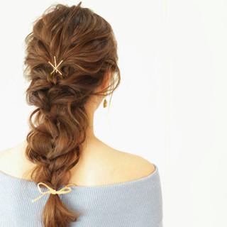 ウェーブ ヘアアレンジ ナチュラル ふわふわ ヘアスタイルや髪型の写真・画像 ヘアスタイルや髪型の写真・画像