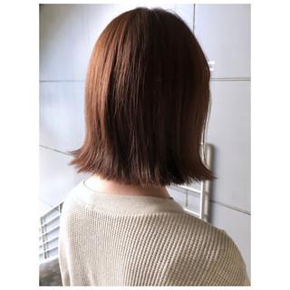 ナチュラル オレンジベージュ 外ハネ オレンジブラウン ヘアスタイルや髪型の写真・画像