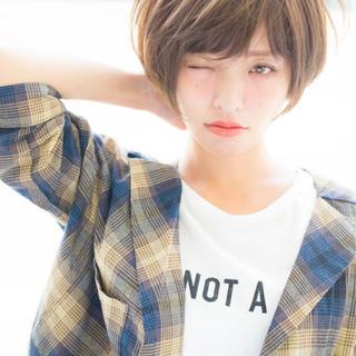 ナチュラル 小顔 透明感 大人女子 ヘアスタイルや髪型の写真・画像 ヘアスタイルや髪型の写真・画像