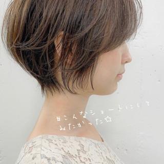 小顔ショート 大人ショート ナチュラル ショート ヘアスタイルや髪型の写真・画像