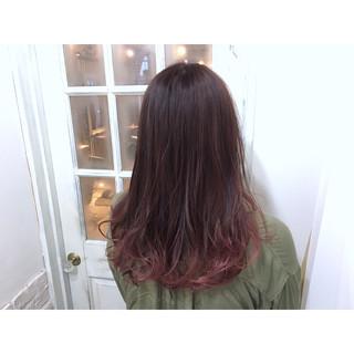 外国人風 ピンク グラデーションカラー 艶髪 ヘアスタイルや髪型の写真・画像