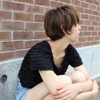 パーマ 前髪あり アッシュ ストリート ヘアスタイルや髪型の写真・画像